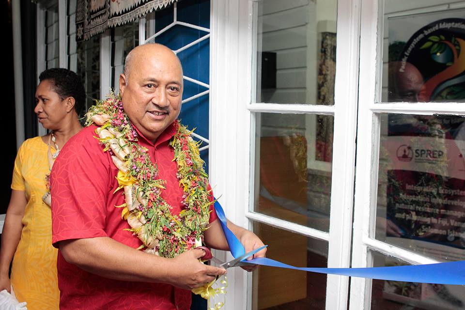 1. Fijis Foreign Affairs Minister cuts the ribbon to the new SPREP office in Suva