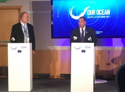 SPREP and the Ocean Foundation sign agreement at Our Ocean conference 2017