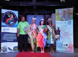 First ever nature pageant in Solomon Islands motivates young ambassadors for the environment