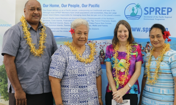 Mr Sefanaia Nawadra, Hon. Fiamea Naomi Mata'afa, Dr. Vicki Hall and Ms Easter Galuvao